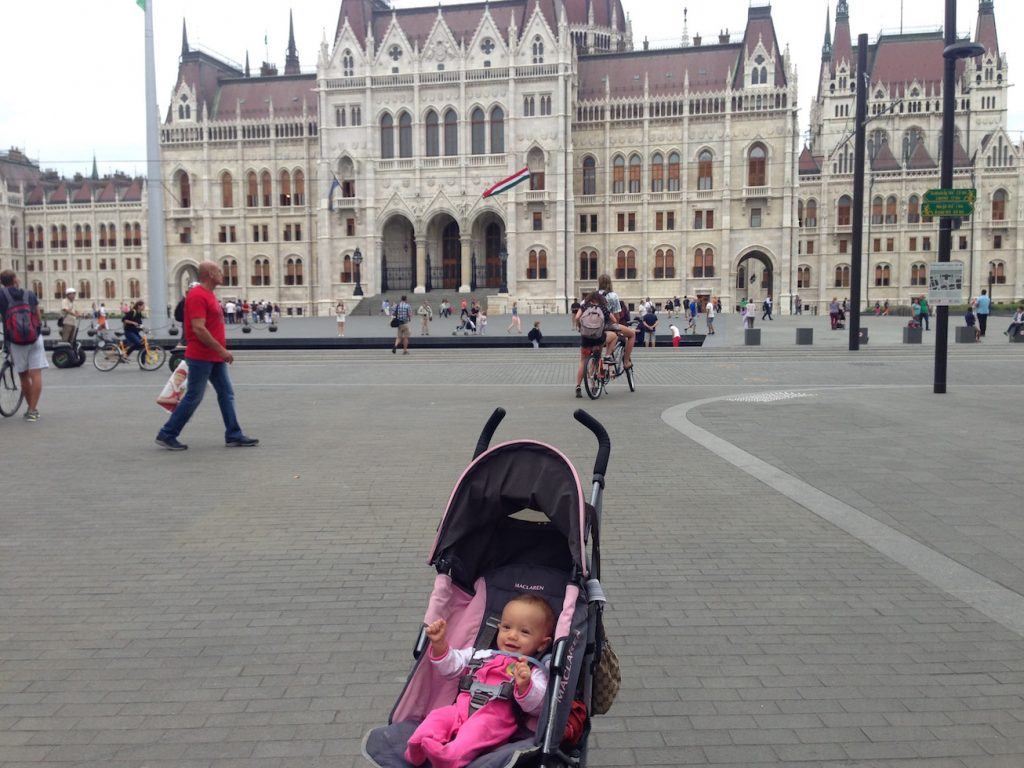Sienna Little Explorer in Budapest