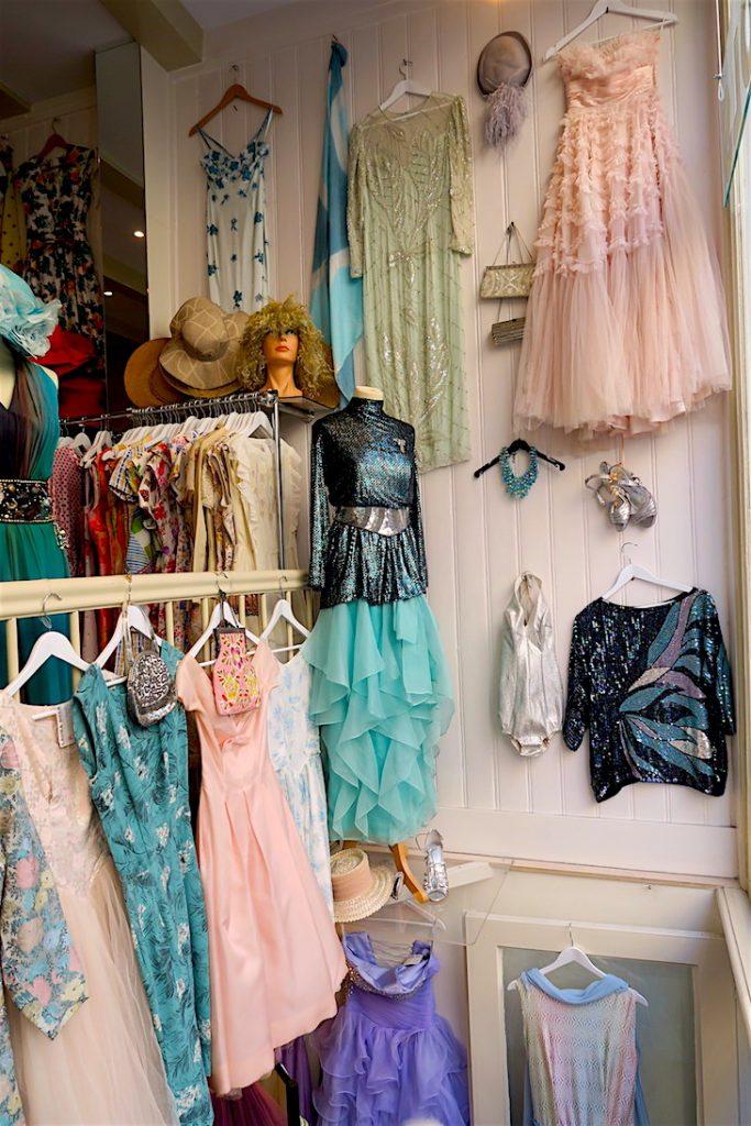 a vintage store in 9 Straatjes