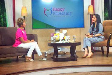 Talkshow about Lembar-Lembar Pelangi, books, and happy parenting